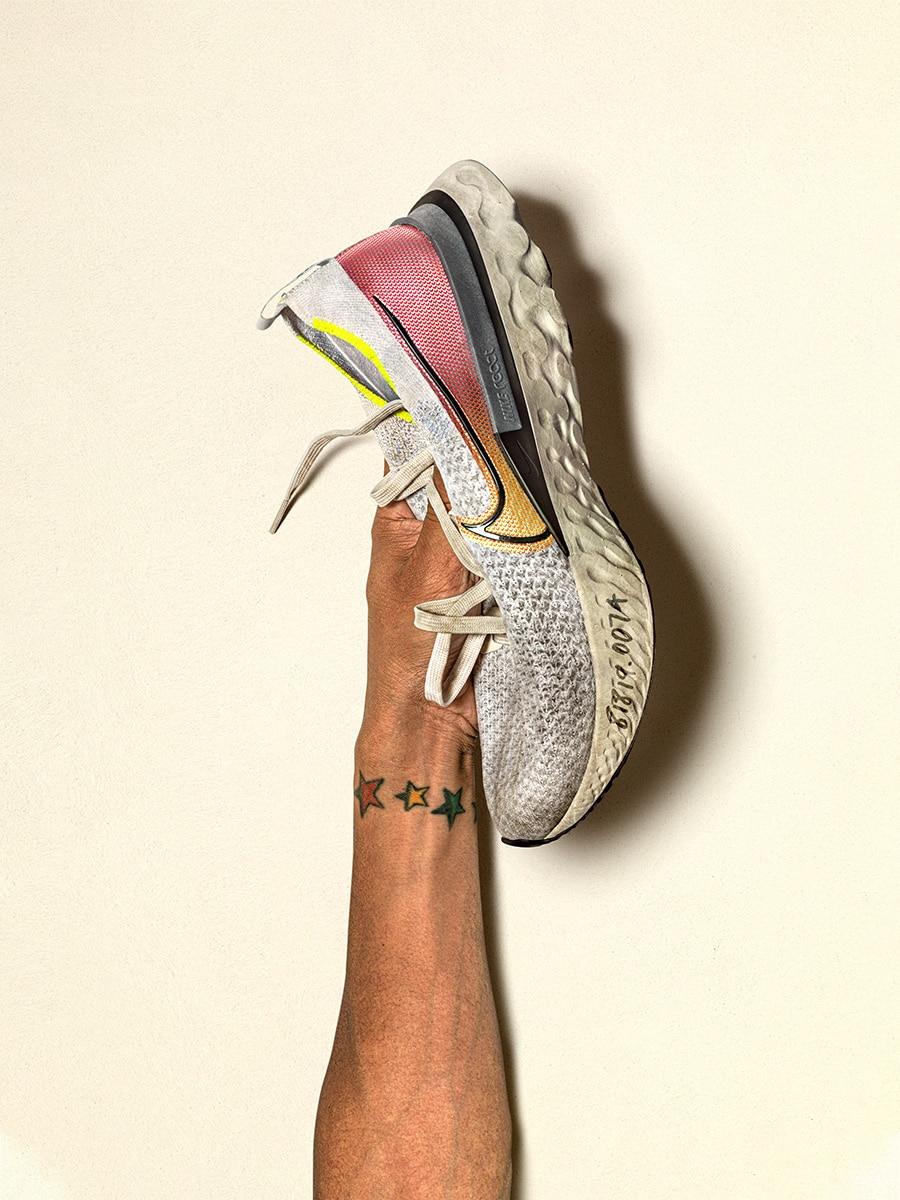 Уставшие ,но «живые» кроссовки