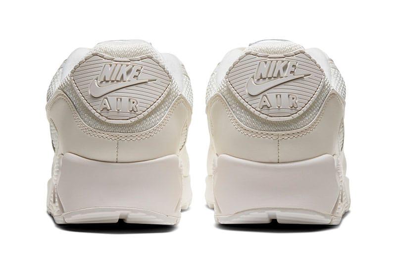 Nike Air Max 90 CS вид сзади