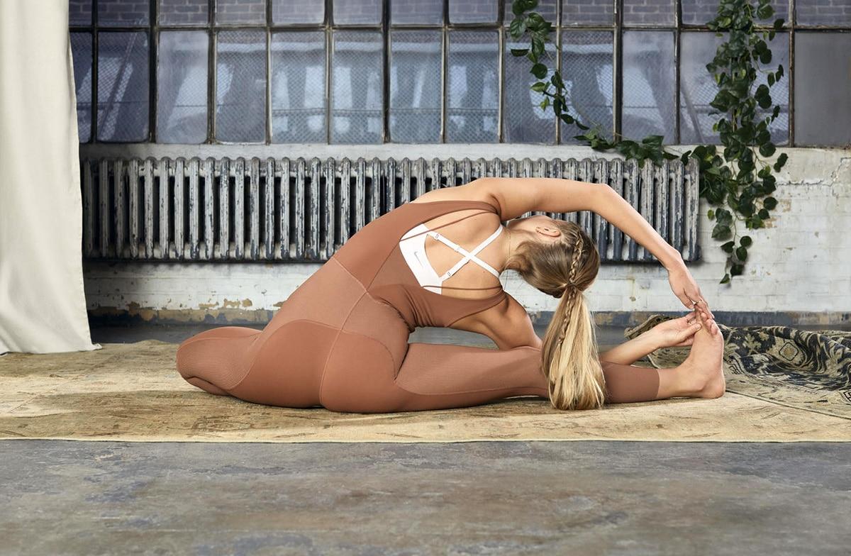 Новая коллекция Nike Yoga