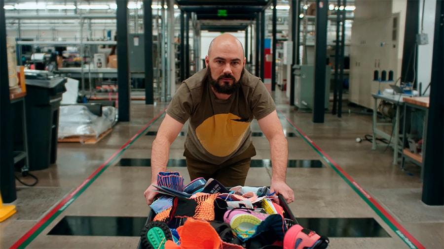 Дизайнер Nike Ноа Мерфи-Рейнгерц