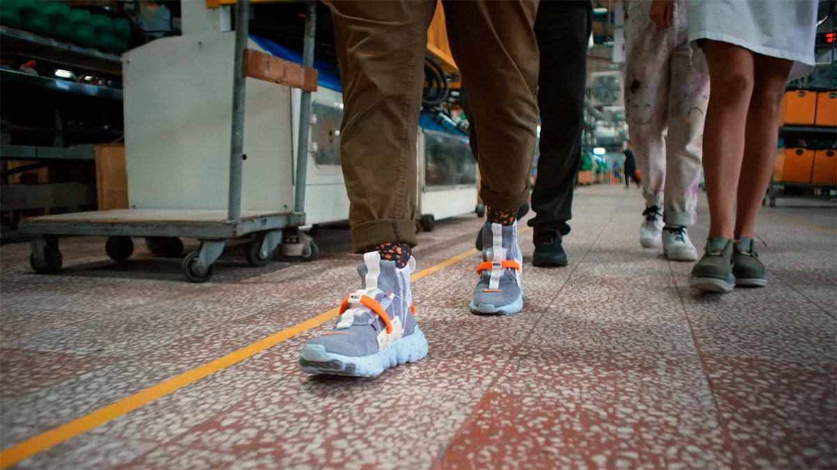 Готовые кроссовки Space Hippie