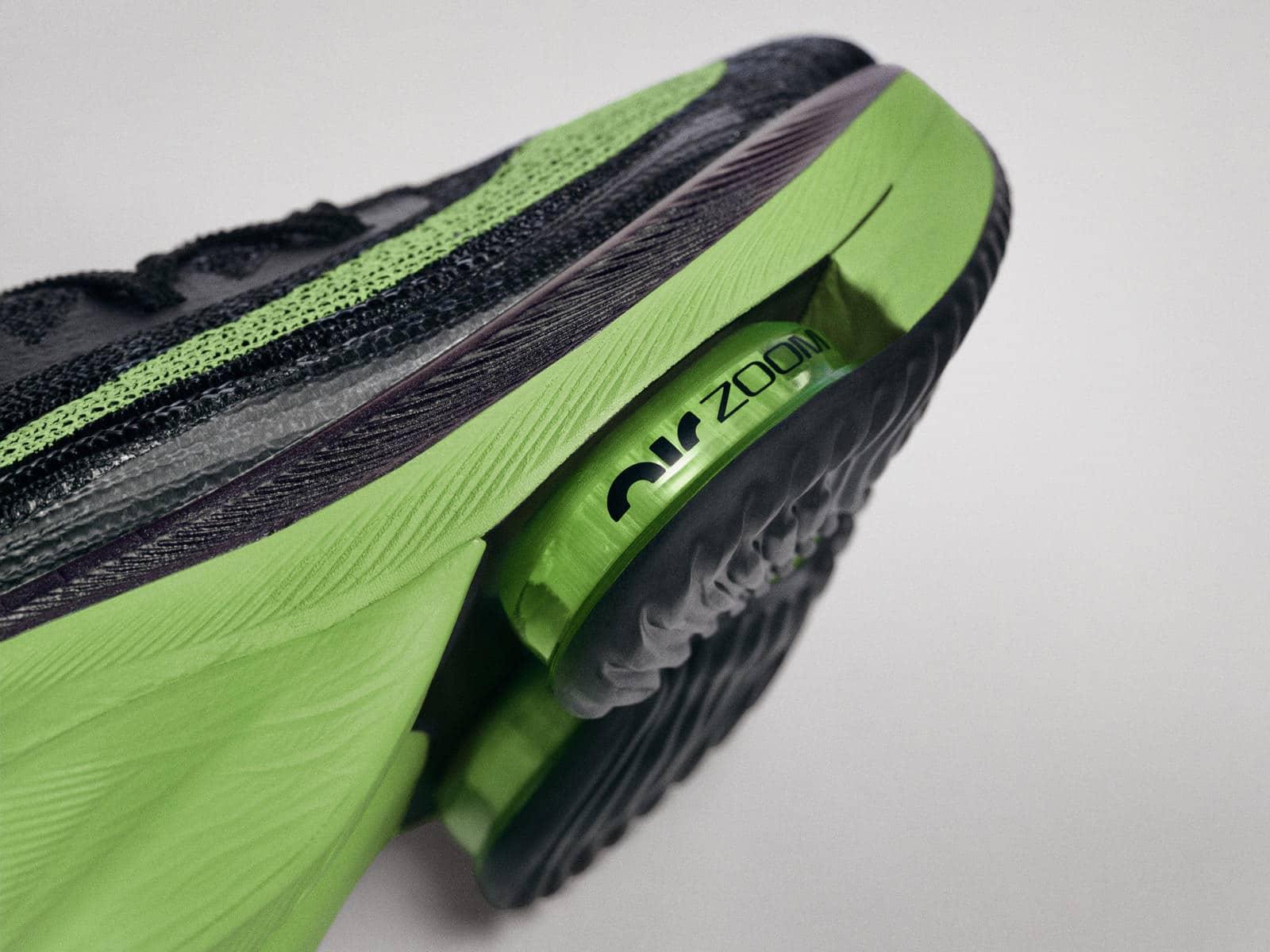 Два блока Zoom Air в передней части кроссовок