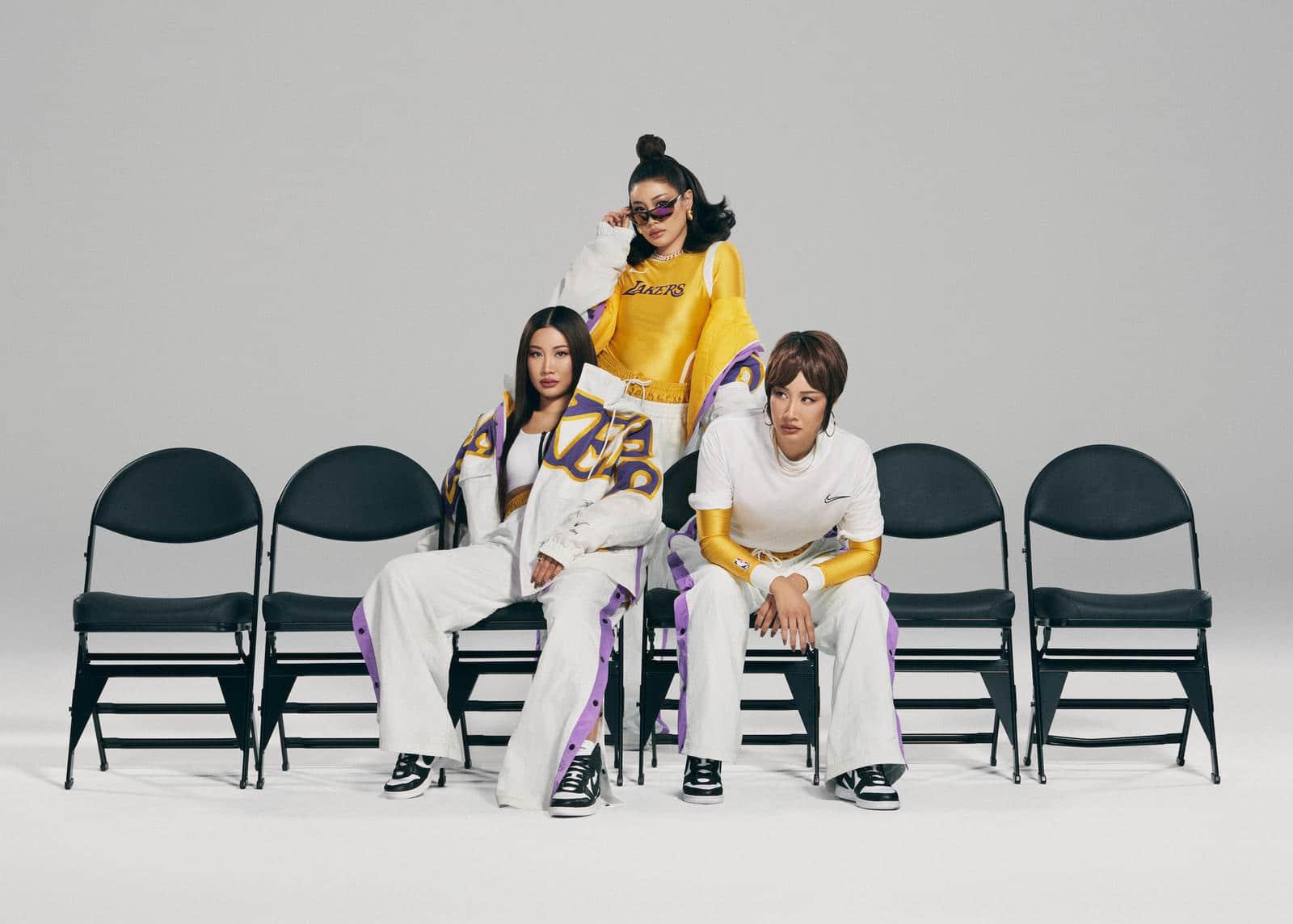 Одежда Lakers