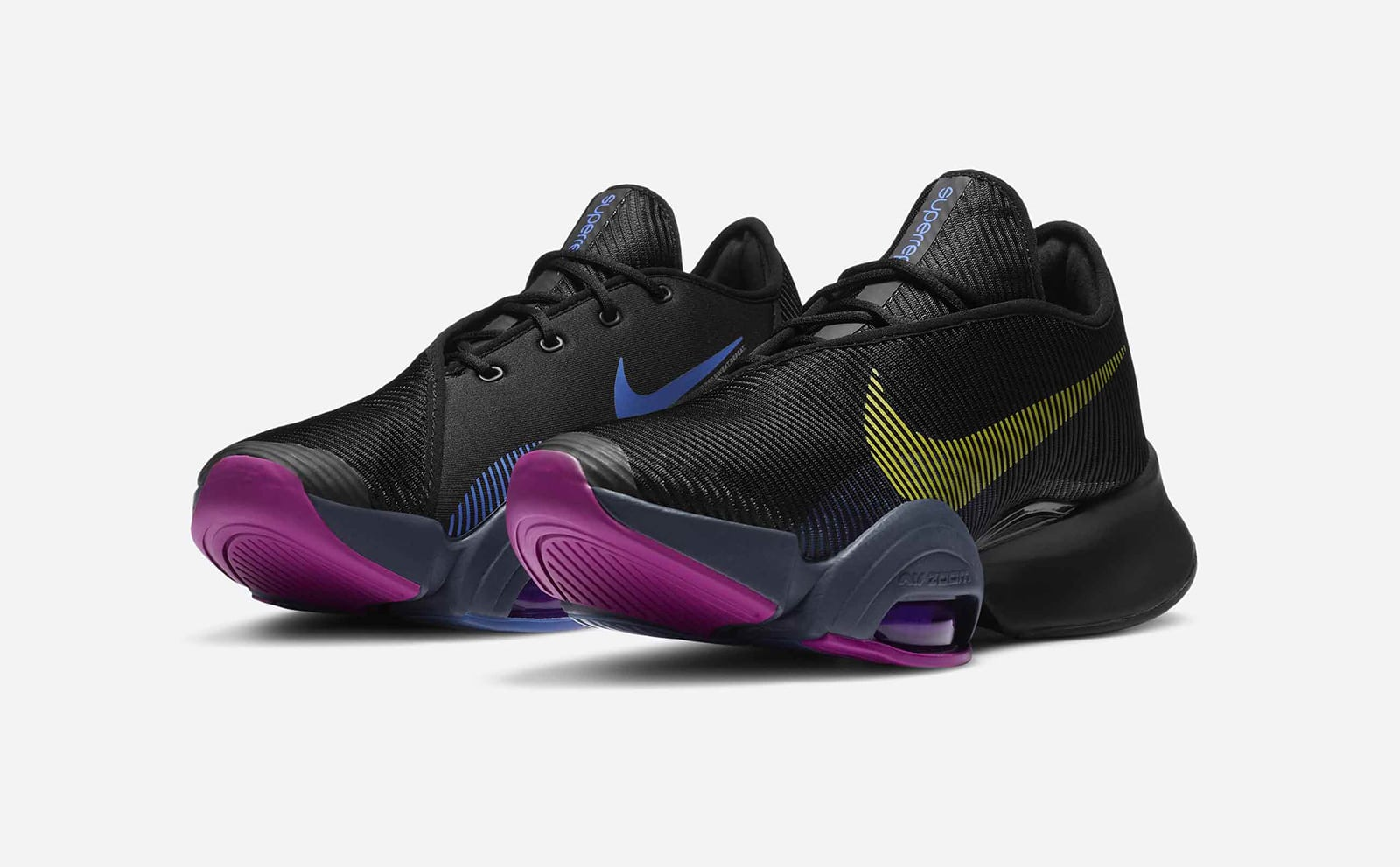 Женские расцветки Nike Air Zoom SuperRep 2