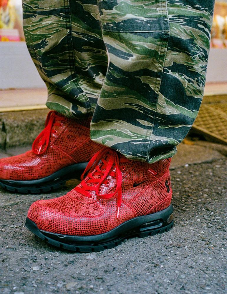 Яркие ботинки для города