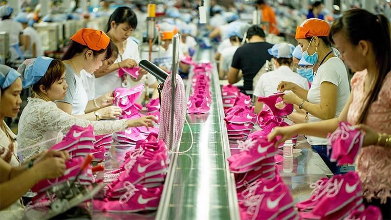 Производство обуви NIke