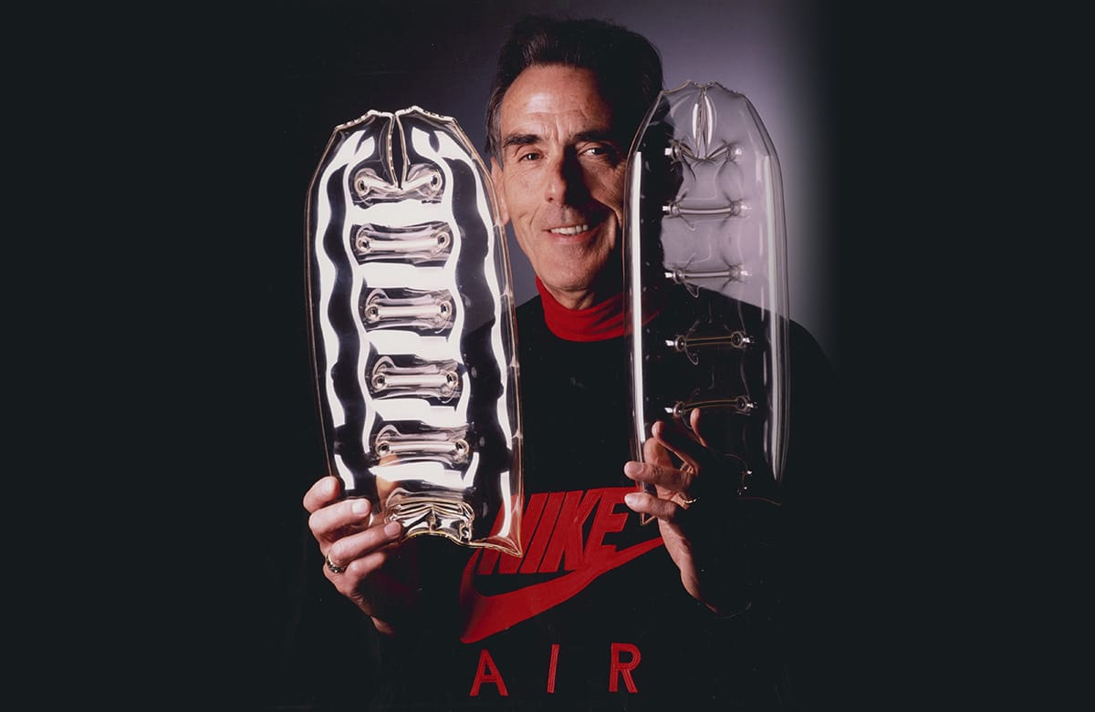 Фрэнк Руди с воздущными подушками